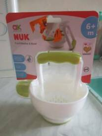 Baby food masher & bowl