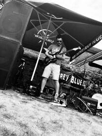 Guitar Lessons - New Malden based guitarist/tutor