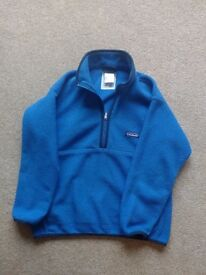 Blue kids Patagonia Synchilla Fleece