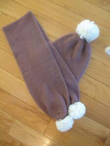 EYE-CATCHING TWO-PIECE COSY MATCHING KNITTED HAT / SCARF SET