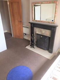 PLEASED TO OFFER 2X 1 BEDROOM FLATS IN HORNCHURCH FOR £900PCM -£950PCM ! FURNISHED !