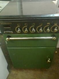 Gas cooker, green