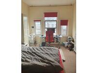 3 Bedroom House Wood Green/PalmersGreen