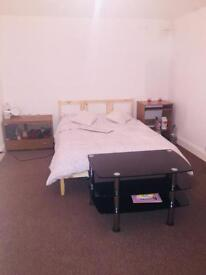 Extra Large double room to share with live in landlord