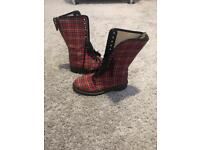 Dr martens classic tartan style boot size 5