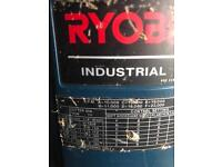 Ryobi industrial router RE-601 with numerous cutting blades