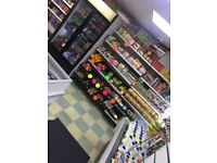 Off-licence grocery store