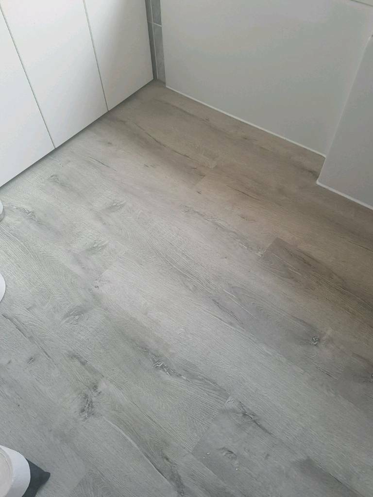 Luxury Grey Birch Bathroom Vinyl Flooring In Abingdon Oxfordshire