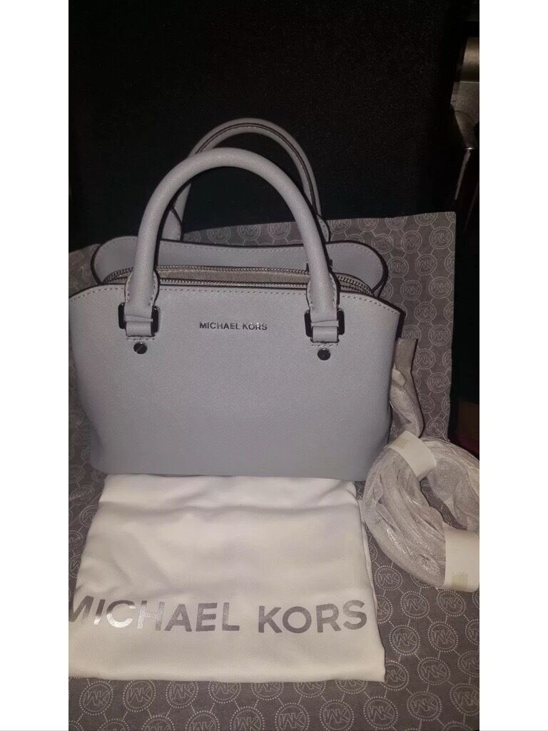 michael kors small savannah bag 100 genuine in salford manchester gumtree. Black Bedroom Furniture Sets. Home Design Ideas