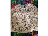 FLORAL SEETHROUGH BLOUSE SIZE M