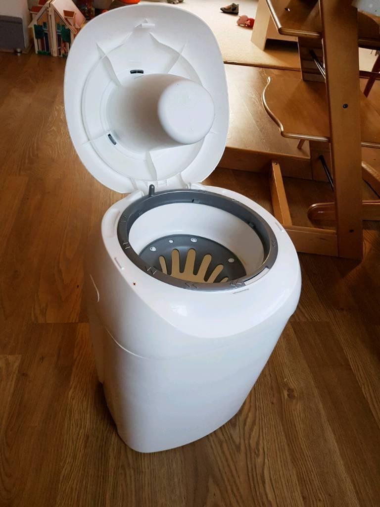 Tommee tippee sangenic nappy bin - FREE