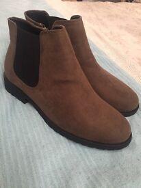 Size 7 Khaki New Look Women's Boots NEVER WORN