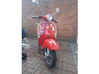 Vespa PX Scooter for sale. Very low mileage. Excellent condition.