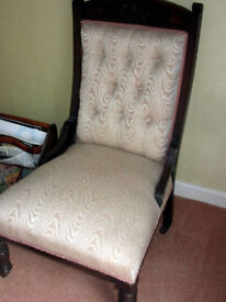 Victorian Chaise Longue 3 piece Suite Recovered and in Great Condition