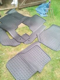 DISCOVERY 3/4 COMPLETE SET RUBBER MATS