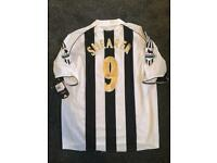Newcastle united signed shirt Shearer Owen Sir Bobby Robson