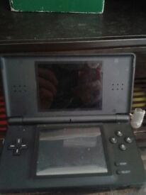 Nintendo ds with games card