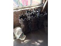 5 x 1930s Queen Chimney Pots