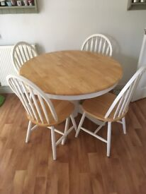 Kitchen table white/oak round solid wood and 4 chairs