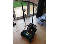 B&Q FPHM302 Lightweight Hand Push Lawnmower