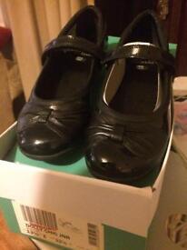 Clarks 13 1/2 E school shoes new not worn £10