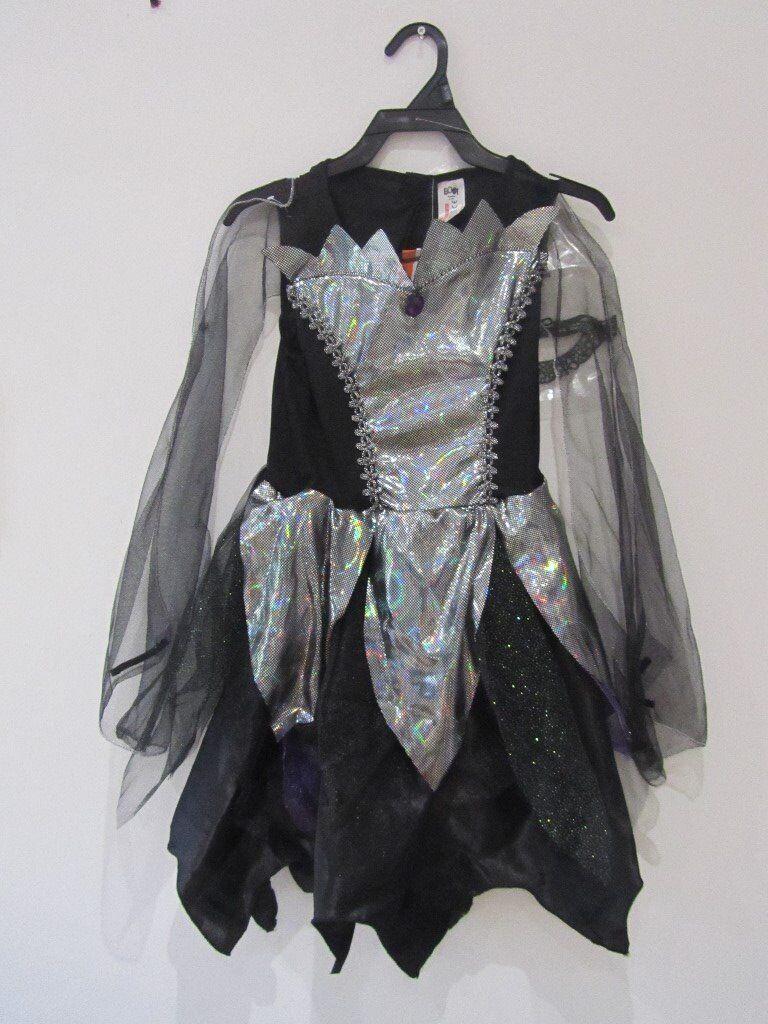 fancy dress/halloween black swan costume with mask.£3 | in llanelli