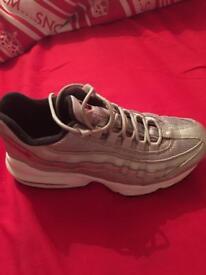 Nike 95's