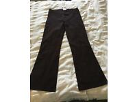 Brown elastic trousers