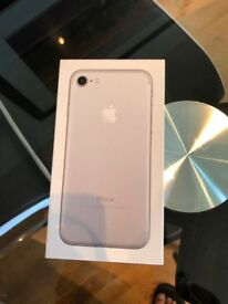 MINT IPHONE 7 128GB WITH BOX