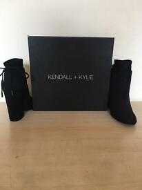 KENDALL & KYLIE SUEDE TIE ANKLE BOOTS FOR SALE!!!!!