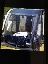 WESTFIELD LYNX 200 LOW TOP INLFATABLE PORCH AWNING