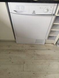 Condenser tumble dryer