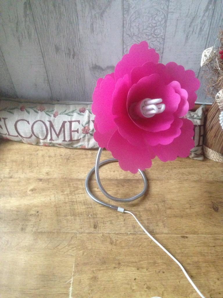 Hot pink Flower lamp