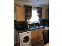Kitchen Units, Oven, Hob, Extractor and Sink