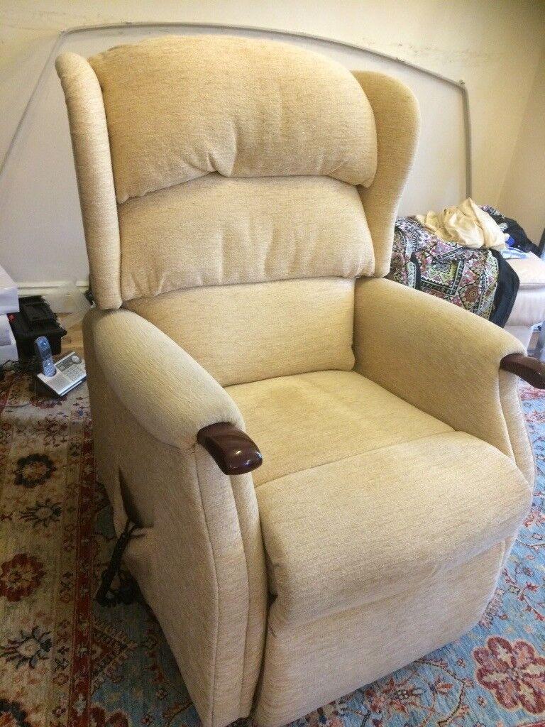 Massage Chair **BARGAIN***