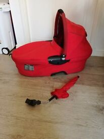 Quinny dreami carry cot and parasol