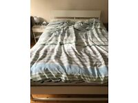 Trysil kingsize bed frame with slatted base and bedside table - Perfect condition