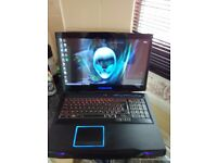 ALIENWARE M17X R3 GAMING LAPTOP with xbox one controller