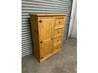 FREE DELIVERY SOLID WOOD CLOTHES STORAGE UNIT GREAT CONDITION