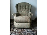 Sherborne electric rising chair, clean but ware on arms and seat. Full working order.