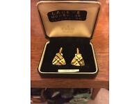 Diamond cut gold cuff links