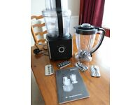 Hotpoint FP 1005 food mixer and blender