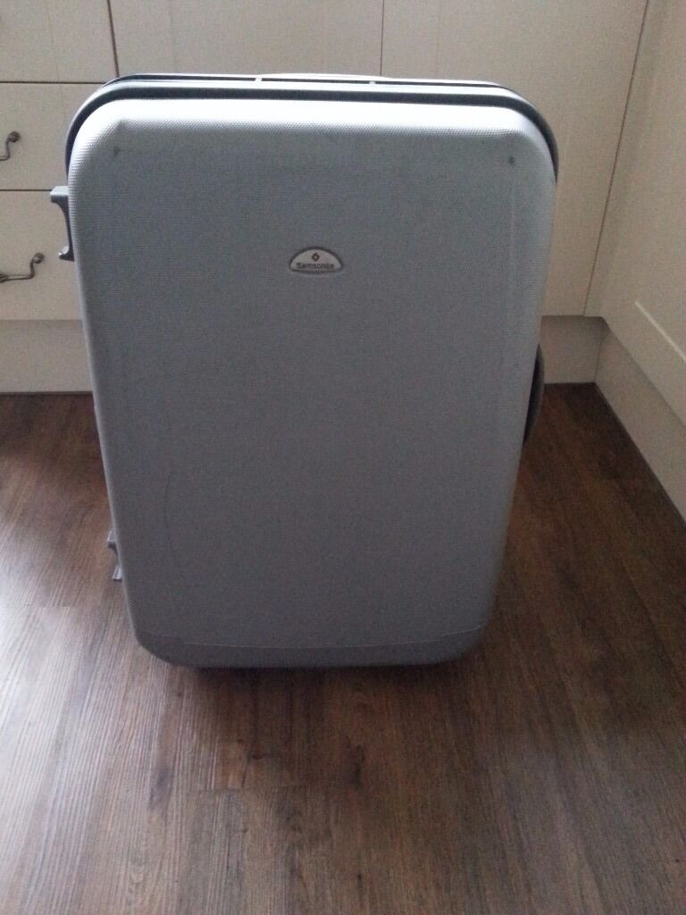 Samsonite hard sided wheeled suitcase