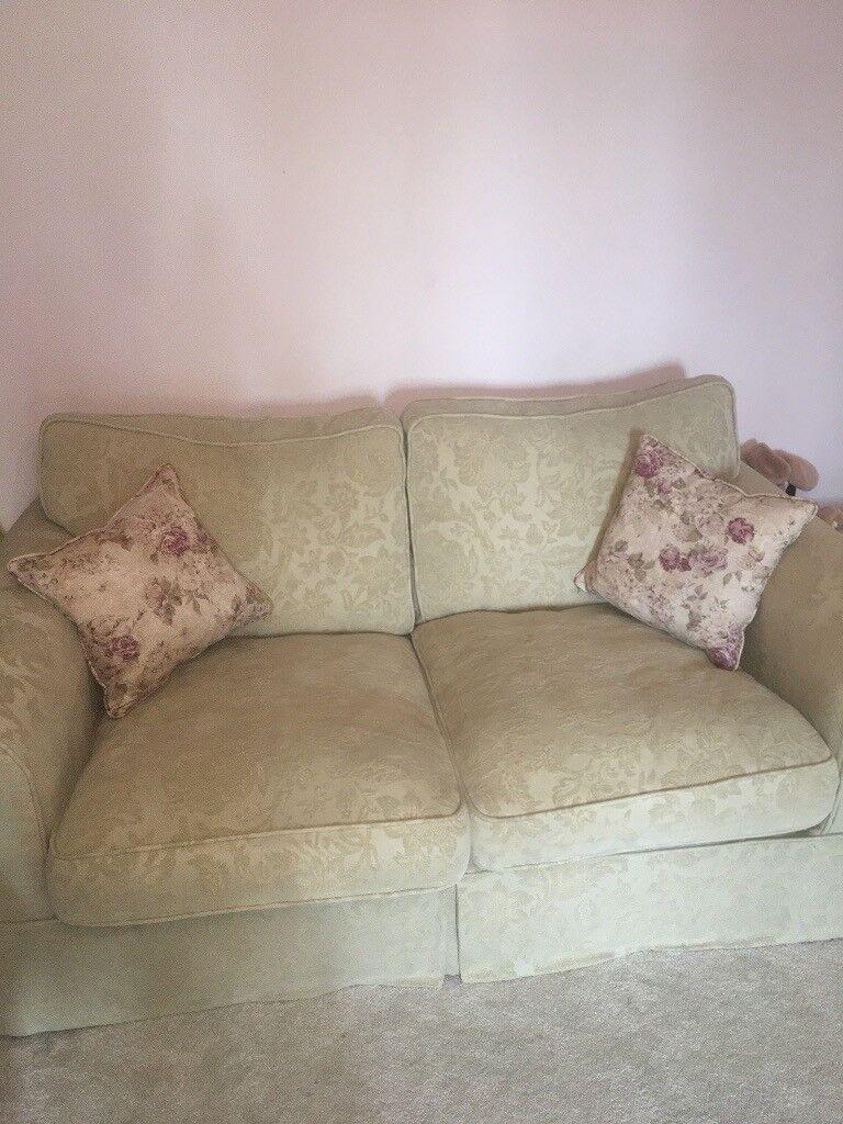 Fine Country Living Sofa In Cambridge Cambridgeshire Gumtree Uwap Interior Chair Design Uwaporg