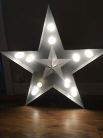 Large Metal Star Light. Wall hung or table lamp