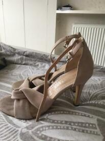 Mint velvet ladies size 6 shoe (now sold)