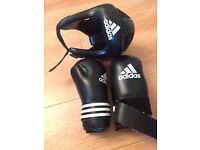 ADIDAS HEADGUARD AND GLOVES KIDS