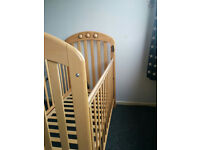 Lovely Mamas and Papas Cot