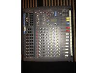 Soundcraft powered mixer with lexicon fx
