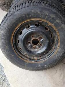4 Used 225/70/16 Hercules Avalanche X-Treme Winter Tires Studded